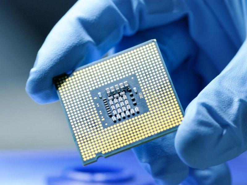 Stellantis e Intel: falta de microchips pode durar até 2023