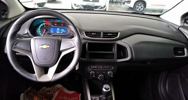 Onix Hatch LT 1.4